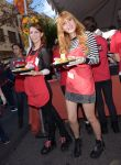Celebrities Wonder 57263732_bella-thorne-LA-Mission-Thanksgiving-For-The-Homeless_4.jpg