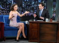 Celebrities Wonder 58382779_natalie-portman-Late-Night-with-Jimmy-Fallon_7.jpg