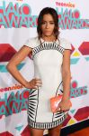 Celebrities Wonder 59254592_2013-TeenNick-HALO-Awards_Chloe Bennet 3.jpg