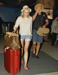 Celebrities Wonder 70864678_diane-kruger-airport_5.JPG