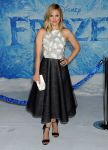 Celebrities Wonder 73060941_kristen-bell-frozen-hollywood-premiere_2.jpg