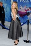 Celebrities Wonder 76648515_kristen-bell-frozen-hollywood-premiere_3.jpg