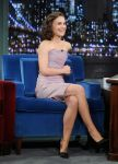 Celebrities Wonder 77682415_natalie-portman-Late-Night-with-Jimmy-Fallon_3.jpg