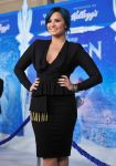 Celebrities Wonder 8319367_frozen-hollywood-premiere_Demi Lovato 3.jpg