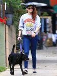 Celebrities Wonder 91933470_kristen-stewart-walking-dog_2.jpg