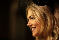 Celebrities Wonder 96720772_kate-upton-VRC-Oaks-Club-Luncheon-Melbourne_8.jpg