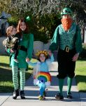 Celebrities Wonder 99175576_alyson-hannigan-family-halloween_1.jpg