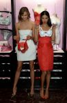 Celebrities Wonder 10522617_Victorias-Secret-Angels-Celebrate-Holiday-2013_2.jpg