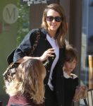 Celebrities Wonder 11233602_jessica-alba-daughter_8.jpg