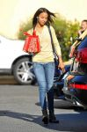 Celebrities Wonder 15139268_zoe-saldana-shopping_2.jpg