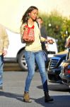 Celebrities Wonder 16460762_zoe-saldana-shopping_4.jpg