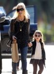 Celebrities Wonder 17151881_sarah-michelle-gellar-daughter_5.jpg