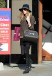 Celebrities Wonder 20789352_kate-bosworth-shopping-Samys-camera_3.jpg