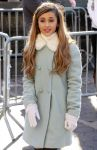 Celebrities Wonder 32671458_87th-Annual-Macys-Thanksgiving-Day-Parade_Ariana Grande 3.JPG