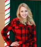 Celebrities Wonder 368594_annasophia-robb-Holiday-Denim-Recycling-Event_4.jpg