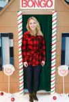 Celebrities Wonder 44850569_annasophia-robb-Holiday-Denim-Recycling-Event_1.jpg