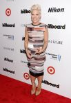 Celebrities Wonder 45324396_pink-2013-Billboard-Women-in-Music_1.jpg