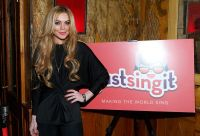 Celebrities Wonder 45552320_lindsay-lohan-Just-Sing-It-app -aunch_6.jpg
