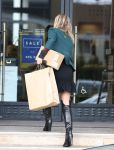 Celebrities Wonder 45736310_ali-larter-Shopping-at-Barneys-New-York_7.jpg