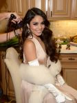 Celebrities Wonder 49386135_vanessa-hudgens-birthday-party_4.jpg