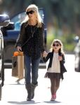 Celebrities Wonder 5055893_sarah-michelle-gellar-daughter_1.jpg