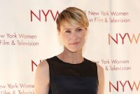 Celebrities Wonder 5318899_New-York-Women-in-Film-and-Television-Muse-Awards_Robin Wright 3.jpg