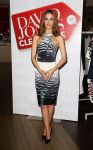 Celebrities Wonder 56529938_rose-byrne-David-Jones-Boxing-Day-sale-opening_1.jpg