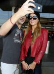 Celebrities Wonder 6042931_paris-hilton-airport_8.jpg