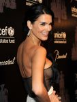 Celebrities Wonder 60964225_2013-unicef-snowflake-ball_4.jpg