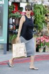 Celebrities Wonder 63901324_halle-berry-post-baby_4.jpg