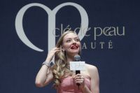 Celebrities Wonder 64928953_amanda-seyfried-Cle-de-peau-BEAUTE-Muse-Party_6.jpg