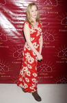 Celebrities Wonder 72545918_uma-thurman-Tibet-House-US-Benefit-Auction_4.jpg