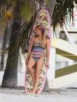 Celebrities Wonder 73472436_brooklyn-decker-photoshoot_5.jpg