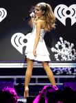 Celebrities Wonder 82140210_Y100-Jingle-Ball-2013_3.jpg