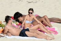 Celebrities Wonder 87072404_olivia-palermo-bikini_5.jpg