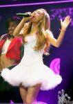 Celebrities Wonder 92225075_KIIS-FM-Jingle-Ball_Ariana Grande 2.jpg