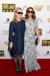 Celebrities Wonder 11330872_julia-roberts-meryl-streep-critics-choice_3.jpg