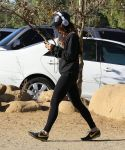 Celebrities Wonder 13403232_Vanessa-Hudgens-at-Runyon-Canyon_7.jpg