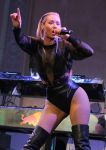 Celebrities Wonder 14550965_friends-n-family-grammy-party_Iggy Azalea 2.jpg