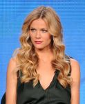 Celebrities Wonder 15061523_brooklyn-decker-winter-tca-tour_3.jpg