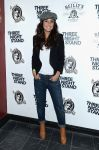 Celebrities Wonder 15744109_Emmanuelle-Chriqui-Three-Night-Stand_2.jpg