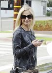 Celebrities Wonder 20802262_sarah-michelle-gellar-los-angeles_5.jpg