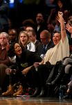 Celebrities Wonder 2351482_rihanna-cara-delevingne-basketball-game_3.jpg