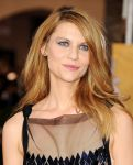 Celebrities Wonder 33712250_claire-danes-sag-awards-red-carpet_5.jpg