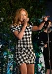 Celebrities Wonder 37248941_kylie-minogue-Qantas-Spirit-of-Australia-party_8.jpg