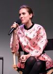 Celebrities Wonder 41019214_allison-williams-apple-store_6.jpg