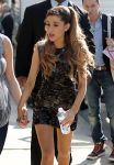 Celebrities Wonder 4485691_ariana-grande-Universal-Music-Brunch-Celebrate-Grammy_4.jpg
