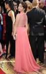 Celebrities Wonder 46048171_sarah-hyland-golden-globe-2014_2.jpg