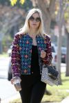 Celebrities Wonder 47713628_jaime-king-office_5.jpg