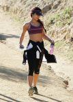 Celebrities Wonder 4850545_vanessa-hudgens-hike_3.jpg